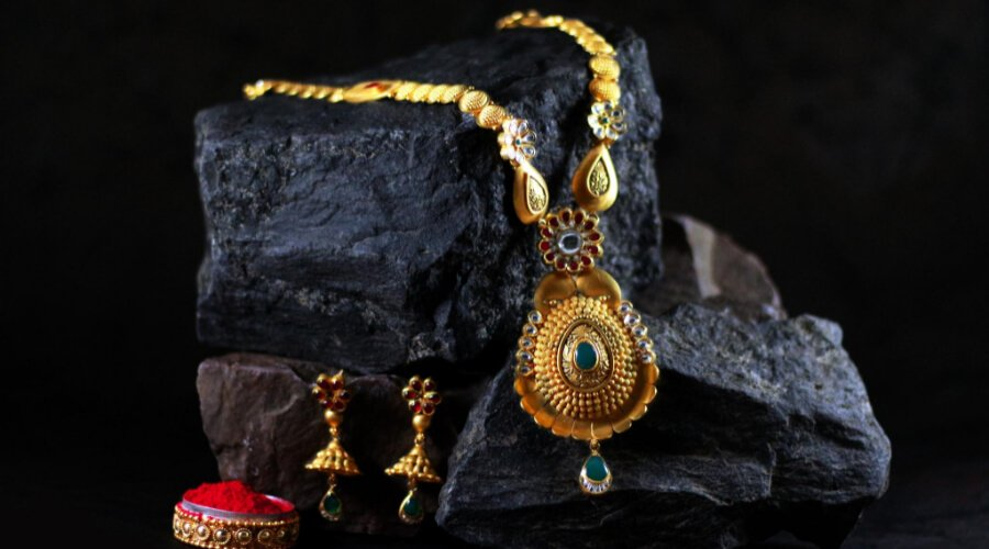 Difference Between Fine And Fashion Jewellery